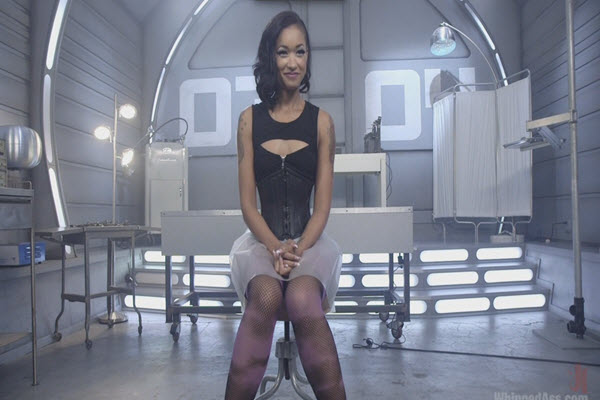 Skin Diamond Whipped Ass interview