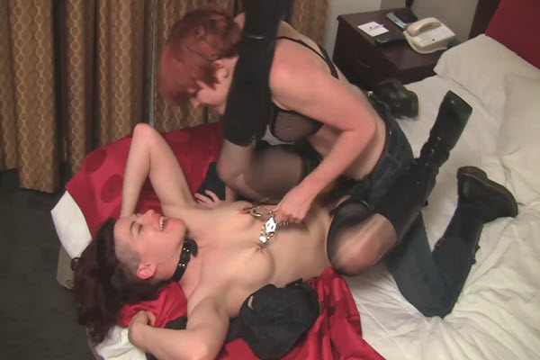Boi on Boi Ingrid Mouth with tit clamps and Lily Cade