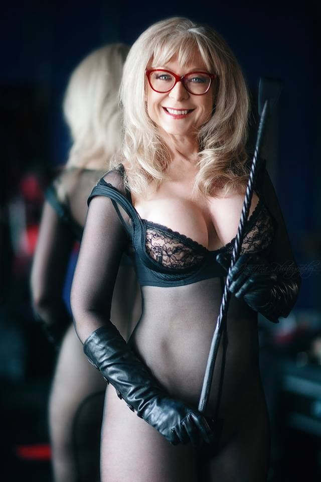 nina hartley 2017